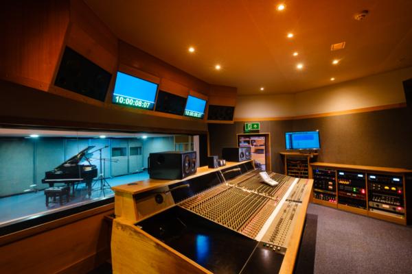Air Edel Studio 1